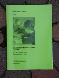 Das grüne Heft umfasst die Jahrgänge 5 und 6.